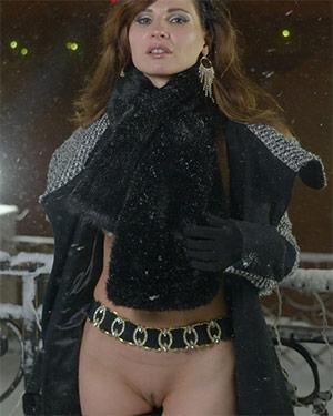 Jeny Smith Snow Flasher