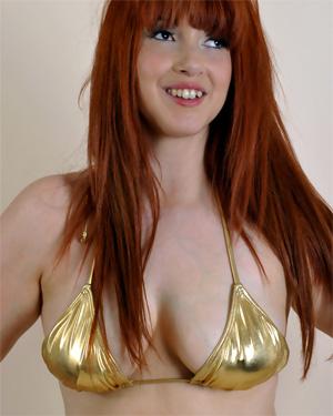 Undress Jess Gold Bikini Busty