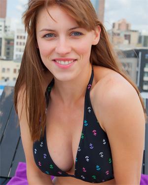 Jessica Rooftop Fun Cosmid