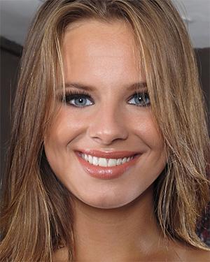Jillian Janson Cute Smile Nice Butt