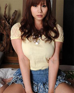 Kanon Ohzora Cute Busty Asian Model