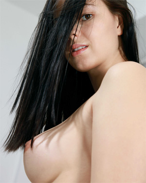 Karolina Young Perky Tits