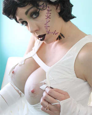 Kayla Kiss Bride of Frankenstein