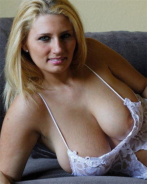 Will Beautiful busty blondes nude late