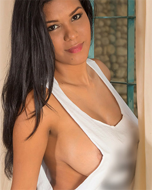 Kendra Roll Exotic Nudes for Nubiles