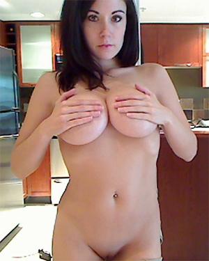 Sweet Krissy Nude Webcam Pics
