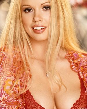 Lauren Anderson Busty Blonde Playmate