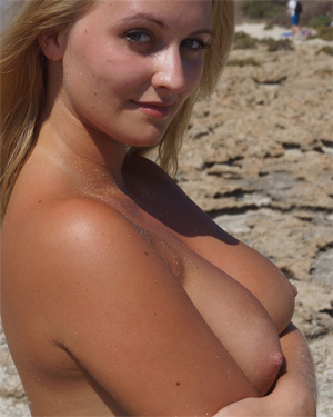 Leah Topless Beach Bunny