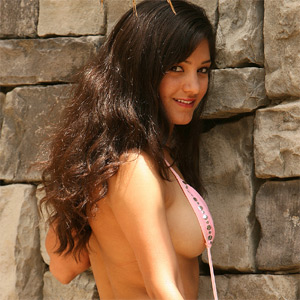 Leala Hot Pink Bikini