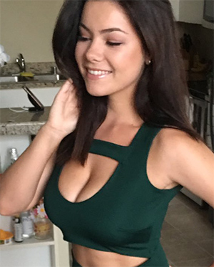 Lex Nai Sexy Selfies