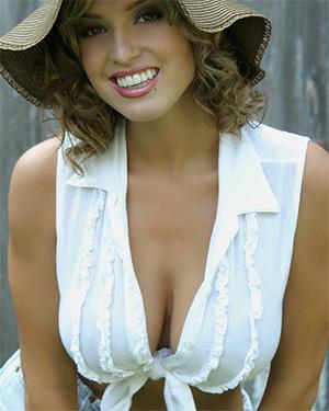 Lindsey Vuolo The Most Amazing Busty Playmate