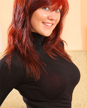Lisa Busty Redhead In A Tight Top