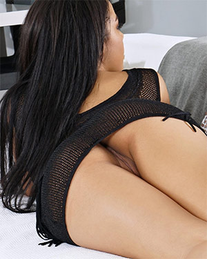 Maya Bijou Got That Juicy Pussy