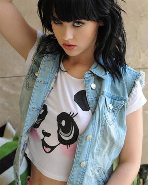 Mellisa Clarke Cute Shirt