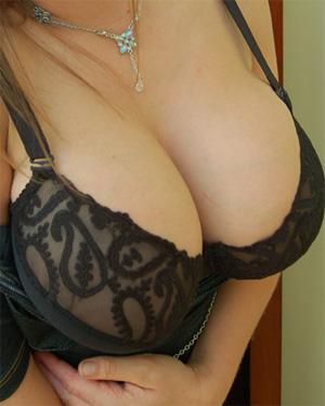Milena Dress Cleavage