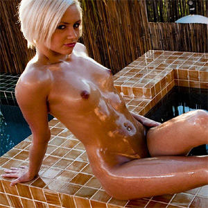 Miley Mason Oiled Up