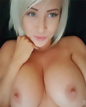 Monroe Lee Pink Pussy