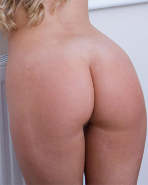 Natasha Anastasia Naked Morning
