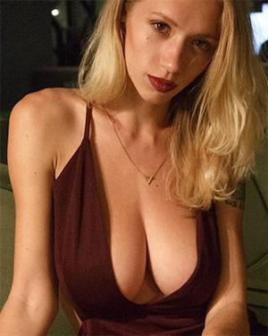 Natasha Legeyda Busty Hotel Vixen