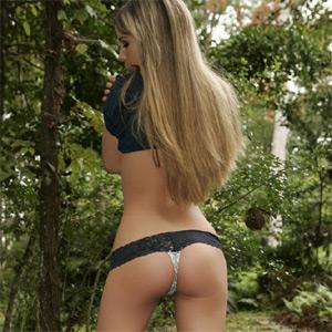 Nicole Sparks Full Nude 50