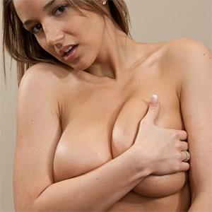 Nikki Sims Oiled Up