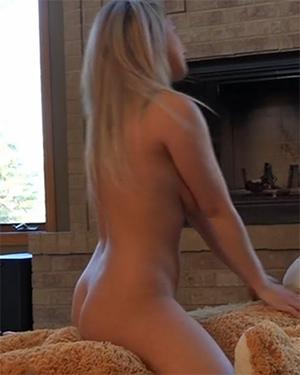 naked girl rides bear