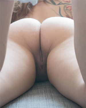 Paws Naked Suicidegirl From Behind