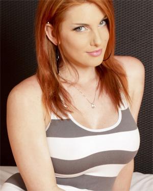 Raina Redhead Huge Boobs