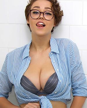 Sabrina Nichole Camsoda