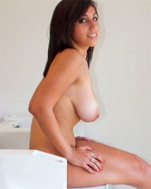 Shami Halil Naked Laundry