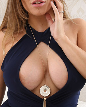 Siobhan Likes To Wear Unique Cleavage Dresses