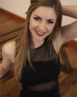 Stella Cox Wank It Now
