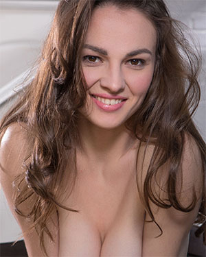 Tanya Grace The Best Smile and Body