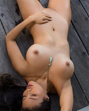 Viviane Leigh Busty Asian Lounging Naked
