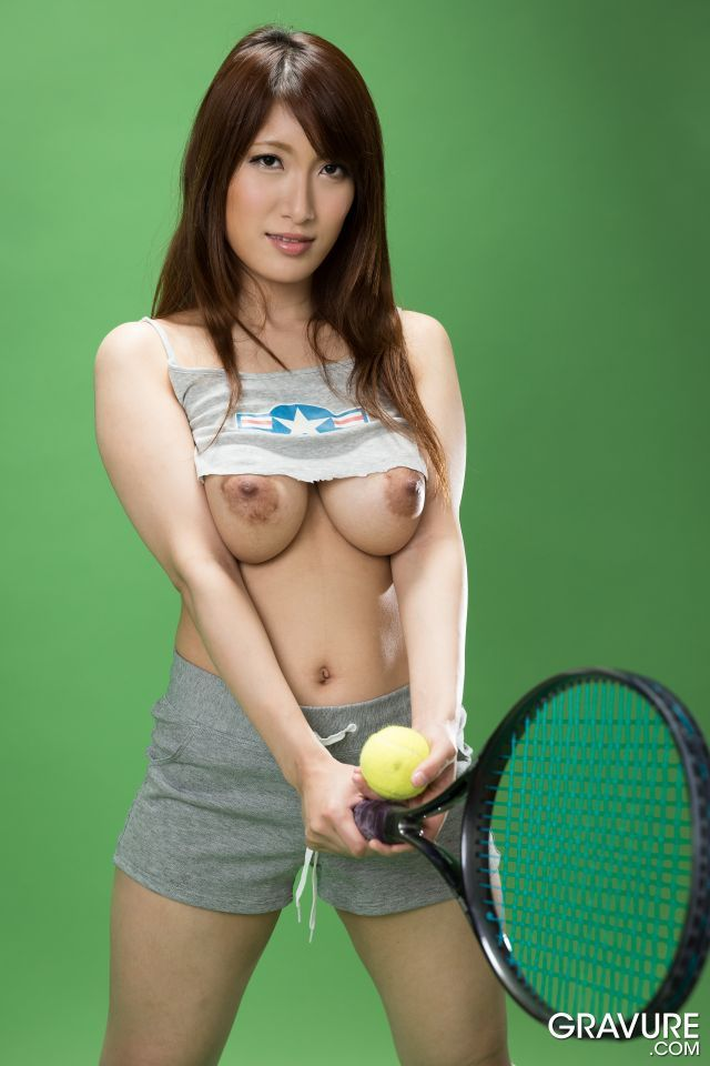 the nude japan tennis player